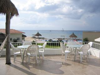Amazing 4 bd Home, Ocean view, Pool & Private Pier, Cozumel