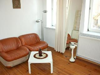 K1 Cozy Vacation Rental in Berlin