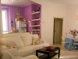 Vatican-Cozy Apt with terrace -The House of Colors