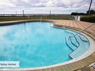 Maravilla Resort - Condo #2107, Destin