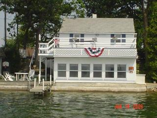 Lake Cottages Don't Get Any Better ~ New Updates!, Plainwell