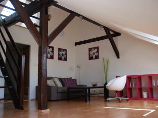 Sunny apartment under the roof, Praga