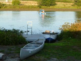Lake Front,Canoe,Fishing&Pedal Boat,sauna,pool tbl, Seaside