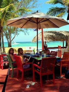 beach restaurant, 5 min. from condo
