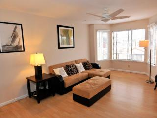 New Listing! Spacious Oceanside Vacation Flat, San Francisco