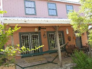 The Upstairs of our Cozy Cottage on Lake Travis