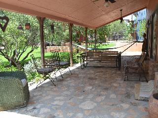 Relax on the Front Porch and Enjoy the Lake!