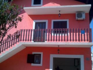Apartment Gogo Srima 100 m fr