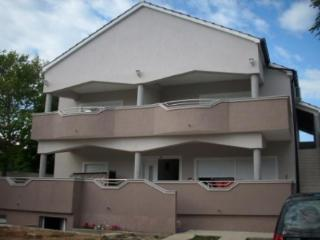Apartments Milk, Turanj