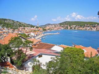 Apartment Tisno near the sea