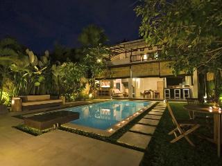 2 bedrooms Tropical Chill House, Umalas Bali, Seminyak