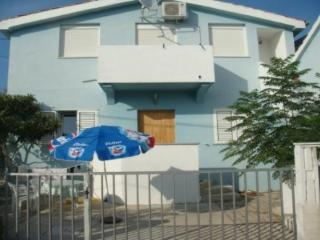 Apartments Sha for 2 person in, Petrcane