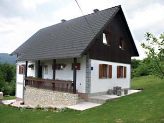 Apartment Slavko for 4 persons, Korana