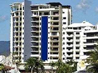 Jack & Newell 2Bed CBD Apartments with Water Views, Cairns