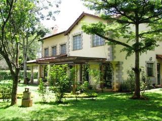 Muhugu House gorgeous town house near the park, Nairobi