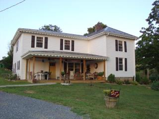 Maple Spring Inn - Abingdon, VA