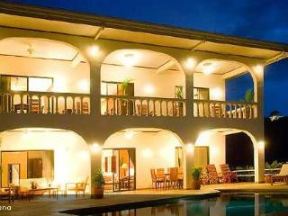 Four bedroom villa with pool, gorgeous ocean views, Playa Ocotal