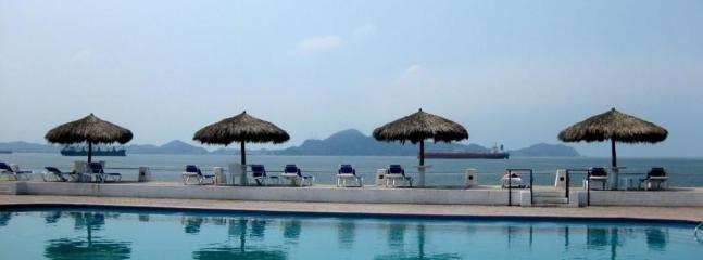 Puerto Las Hadas - Gorgeous Beach Front Condo $110