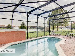 PARADISE AWAITS! Private Pool & Wii near DISNEY!!, Kissimmee