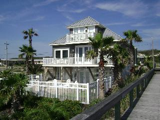 Secluded Oceanfront Executive Home-Pelican Landing, Fernandina Beach