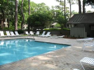 Sea Pines - Best Location with dramatic Golf View