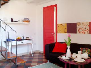 """Casa LaVetere""""Suite Red Situata nel centro storico"""