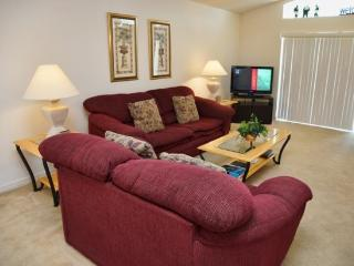 500TC. 4 Bedroom 3 Bath Pool Home only 15 minutes to Disney