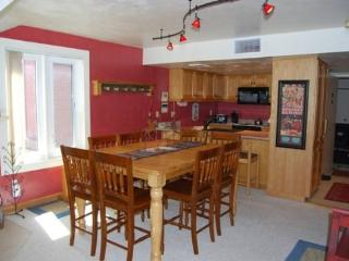 Lodge at Mountain Village, Unit 262: Lovely 3 Bedroom Ski-in/out at Park City Mountain Resort!