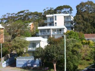 Sunset Towers, Unit 2/25 Donald Street, Nelson Bay