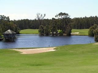 Horizons Golf Resort, Villa 101, Salamander Bay