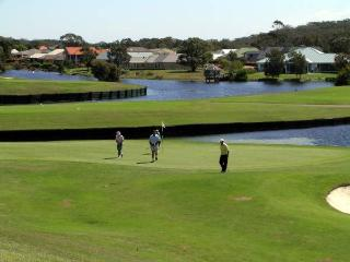 Horizons Golf Resort, Villa 126, Salamander Bay