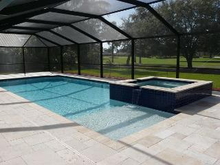 Tranquil home on golf course w/ hot tub & spacious heated pool, Isla Marco