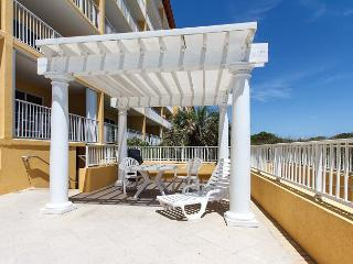 GD 504:Impressive 5th floor BEACH FRONT condo with FREE BEACH SERVICE & MORE!