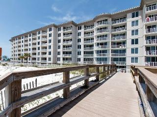 IP610-6TH FLOOR, RIGHT ON BEACH, UPSCALE,COMFORTABLE,EVERYTHING NEW!