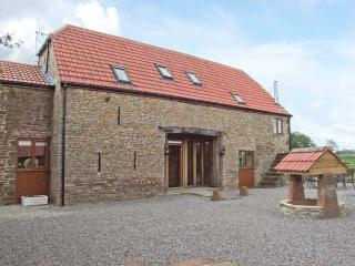 THE STONE BARN, flexible sleeping, WiFi, woodburner, detached cottage in Adsett, Ref. 29560