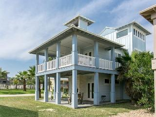 Three-Story Gulf-View 4BR Retreat w/ Pool & Boardwalk to Beach
