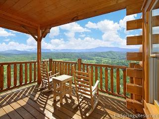 1 Bedroom Luxury Cabin with Amazing Views - Sleeps 4, 2 Full Baths, Sevierville