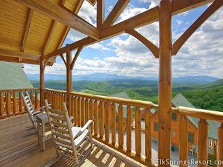 Amazing Views - 1 Bedroom pricing that sleeps 8 - 2 baths, Sevierville