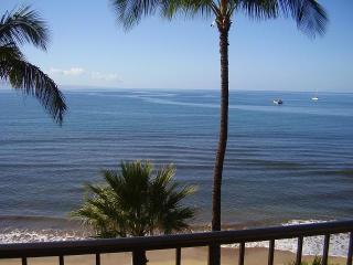 Sugar Beach Resort 2 Bedroom Oceanfront 513, Kihei