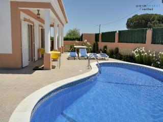 Dabke Red Villa, Olhos de Agua, Algarve, Olhos de Água