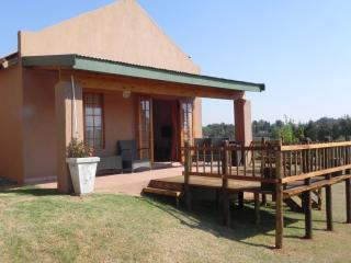 J&B Lodge Self Catering - Underberg, South Africa