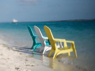 Beautiful Florida Waterfront home. Beach decor!!!! Pet Friendly!!! New Photos!!!