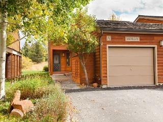 4 bed/3 bath Teton Shadows- Close Proximity to Grant Teton National Park!