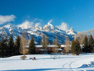 Teton Shadows townhouse close to Jackson Hole and Grand Teton National Park!