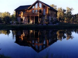 Private Gallatin Valley lodge on 10 acres, Belgrade