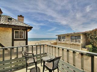 3 night stays available during Xmas-NYE! 3BR/2.5BA Enjoy Beach & Ocean Views, Ventura