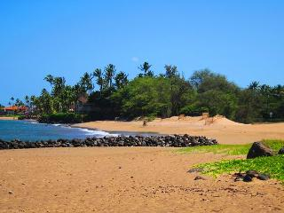 Kihei Bay Vista C108 - Great Location, Great Rates!