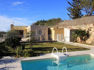 Villa in St Cannat, Provence, France, Saint-Cannat