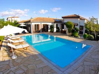 Villa Anteros, Paphos