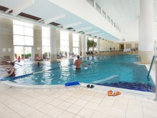 Sense the Quality @ Lili's Place 2BR Marina & pool